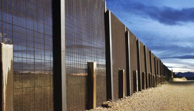 Mỹ chi 1,6 tỷ USD cho bức tường biên giới với Mexico
