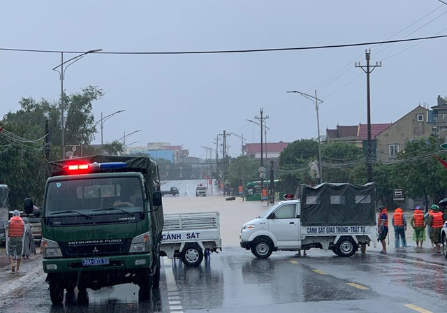 Hà Tĩnh: Một ngày có 3 người chết vì mưa lũ