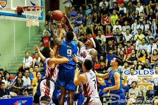 Rượt đuổi kịch tính, Thang Long Warriors giành chiến thắng đầu tiên - 1