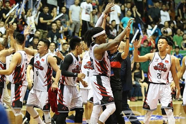 Rượt đuổi kịch tính, Thang Long Warriors giành chiến thắng đầu tiên - 3