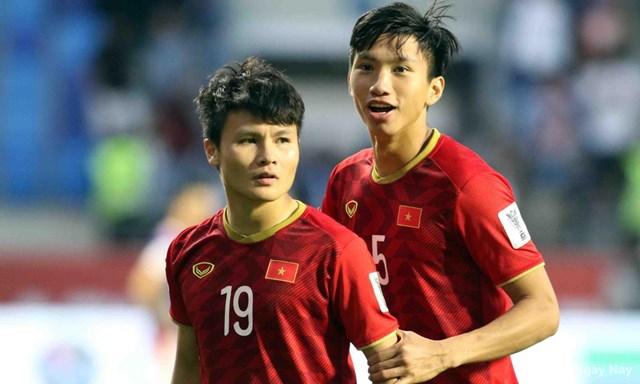 Cuộc bầu chọn Quả bóng vàng Việt Nam 2019: Quang Hải, Hùng Dũng, Văn Hậu chiếm ưu thế