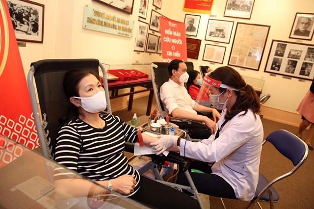 UBTƯ MTTQ Việt Nam phát động toàn dân hiến máu tình nguyện - 4