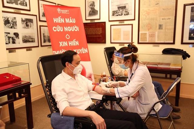 UBTƯ MTTQ Việt Nam phát động toàn dân hiến máu tình nguyện - 5
