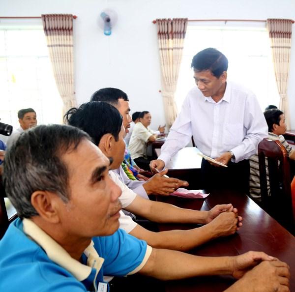 Chủ tịch Trần Thanh Mẫn thăm, tặng quà Tết gia đình chính sách, hộ nghèo tại Sóc Trăng - 6