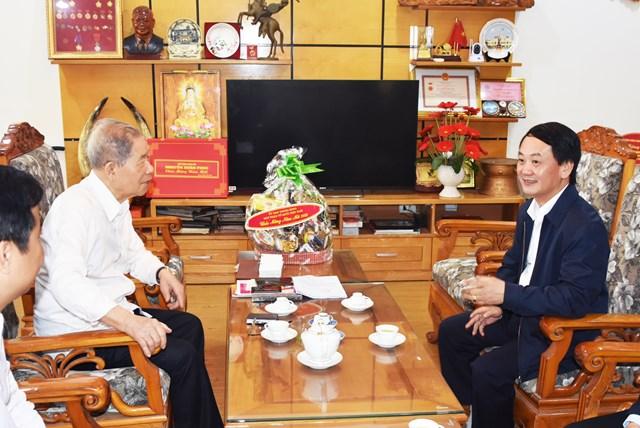 Phó Chủ tịch – Tổng Thư ký Hầu A Lềnh chúc Tết nguyên lãnh đạo Nhà nước, MTTQ Việt Nam - 3