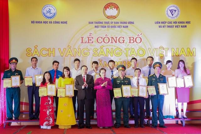 Vinh danh 74 công trình tiêu biểu trong Sách vàng Sáng tạo Việt Nam năm 2019 - 5