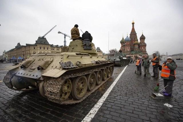 [ẢNH] Nga tổng duyệt cho lễ diễu binh lịch sử trên Quảng trường Đỏ - 3