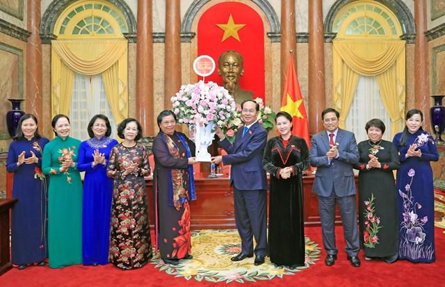Chủ tịch nước Trần Đại Quang gặp mặt các nữ đại biểu Quốc hội