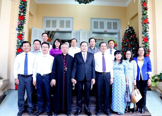 Đồng bào Công giáo tham gia tích cực các phong trào do Mặt trận phát động - 5