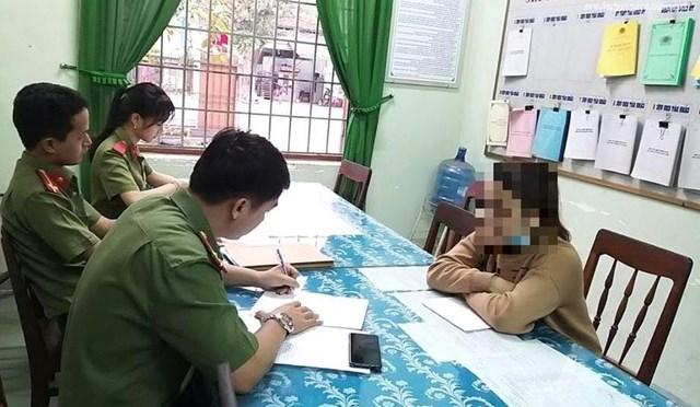 Dịch Covid-19: Một cô gái ở Quảng Ngãi vừa bị phạt vì thông tin sai trên Facebook