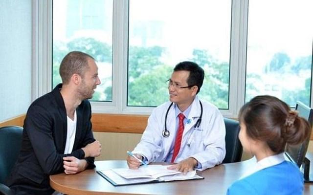 Sắp có Đề án thu hút người nước ngoài đến Việt Nam chữa bệnh