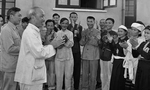 Kỷ niệm 130 năm Ngày sinh Chủ tịch Hồ Chí Minh (19/5/1890 - 19/5/2020): Sức mạnh vô địch của tinh thần đại đoàn kết - 1