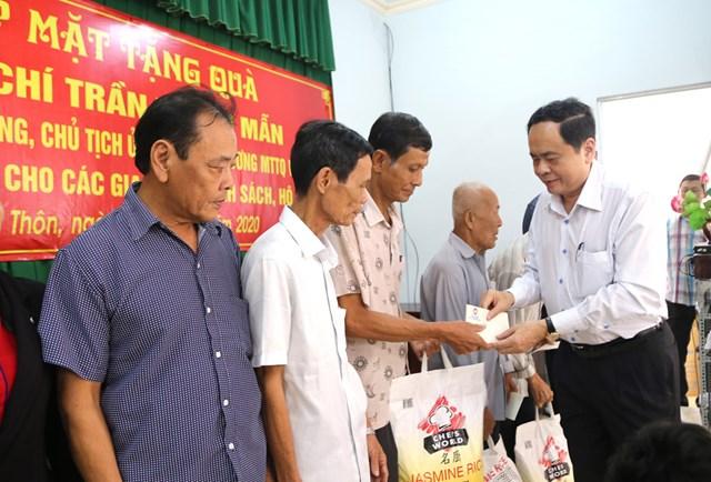Chủ tịch Trần Thanh Mẫn thăm, tặng quà Tết gia đình chính sách, hộ nghèo tại Sóc Trăng - 5