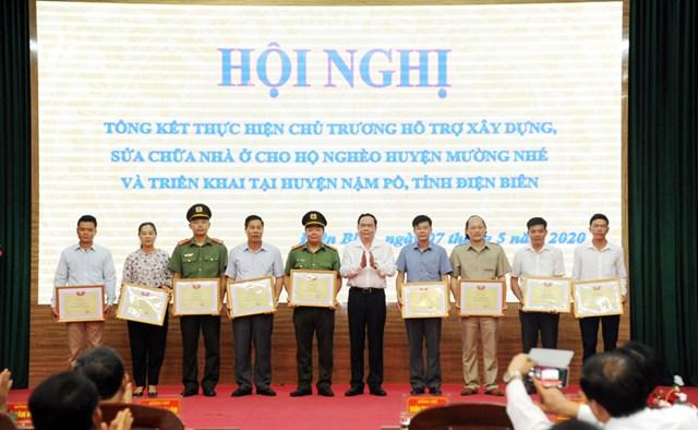 Hội nghị tổng kết hỗ trợ xây dựng, sửa chữa nhà ởcho các hộ nghèo của huyện Mường Nhé, tỉnh Điện Biên