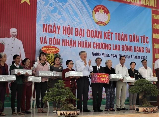 Chánh án Nguyễn Hòa Bình dự Ngày hội Đại đoàn kết tại Quảng Ngãi - 4