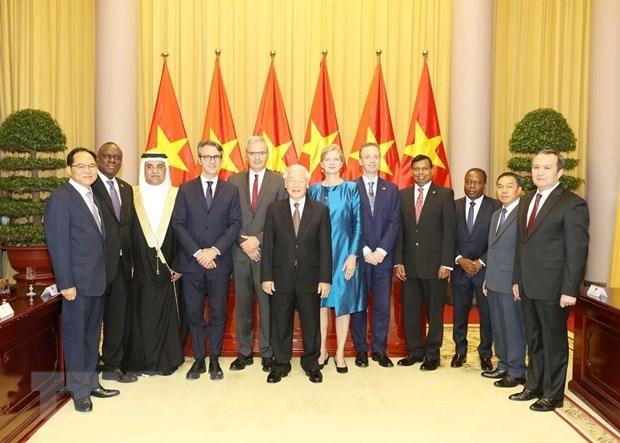 Tổng Bí thư, Chủ tịch nước tiếp các Đại sứ trình Quốc thư - 1