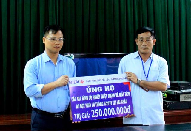 BIDVhỗ trợ gia đình các nạn nhân trong đợt lũ quét tại Lai Châu, Hà Giang