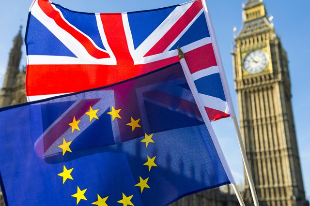 Thủ tướng Anh ra 'tối hậu thư' về Brexit