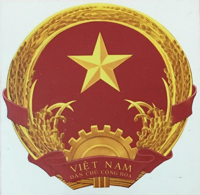 Người vẽ mẫu Quốc huy Việt Nam - 2