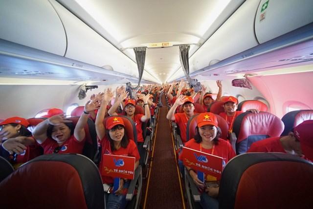 """Tàu bay Vietjet bắt đầu Hành trình """"Tôi yêu Tổ quốc tôi"""""""
