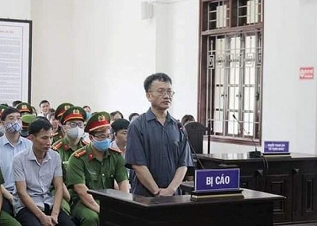 Xét xử vụ nâng điểm thi ở Hòa Bình: Chủ mưu bị đề nghị mức án từ 7 đến 8 năm tù