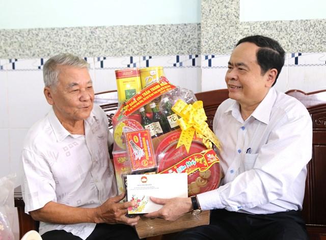 Chủ tịch Trần Thanh Mẫn thăm, tặng quà Tết gia đình chính sách, hộ nghèo tại Sóc Trăng - 2