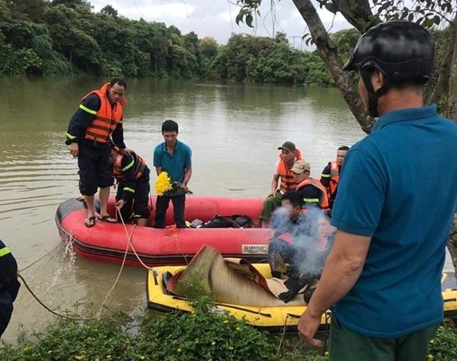 Đắk Nông: Phát hiện thi thể hai học sinh lớp 11 tử vong dưới hồ