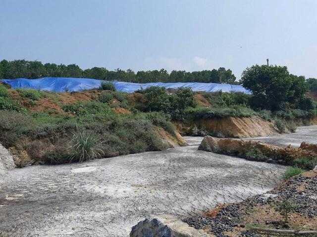 Xả thải gây ô nhiễm, người dân lao đao - 1