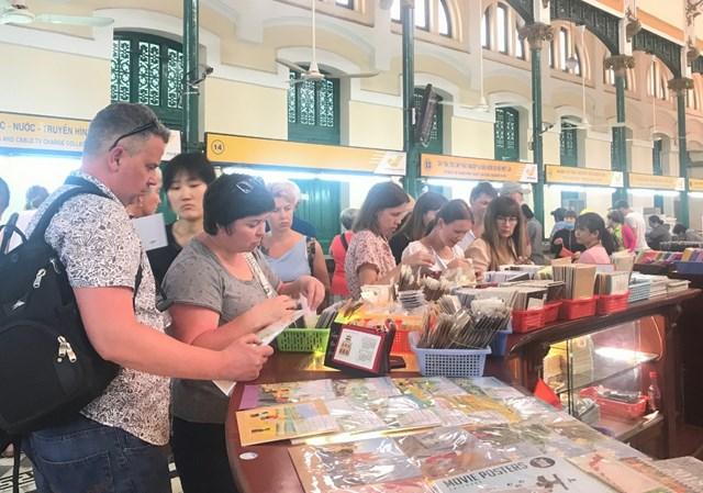 TP Hồ Chí Minh: Tăng cường ứng dụng công nghệ thông tin trong hệ thống khách sạn