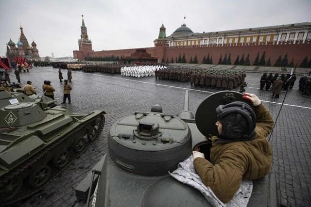 [ẢNH] Nga tổng duyệt cho lễ diễu binh lịch sử trên Quảng trường Đỏ - 2