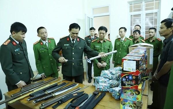Hà Tĩnh: Cận Tết, bắt 4 đối tượng trong đường dây buôn bán pháo nổ - 1