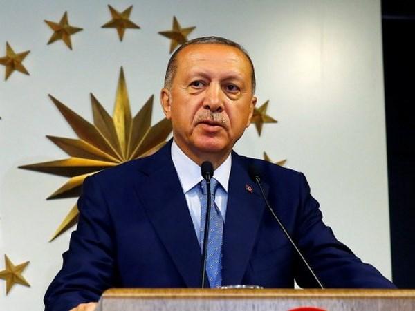Thổ Nhĩ Kỳ trao thêm quyền hạn cho Tổng thống Erdogan