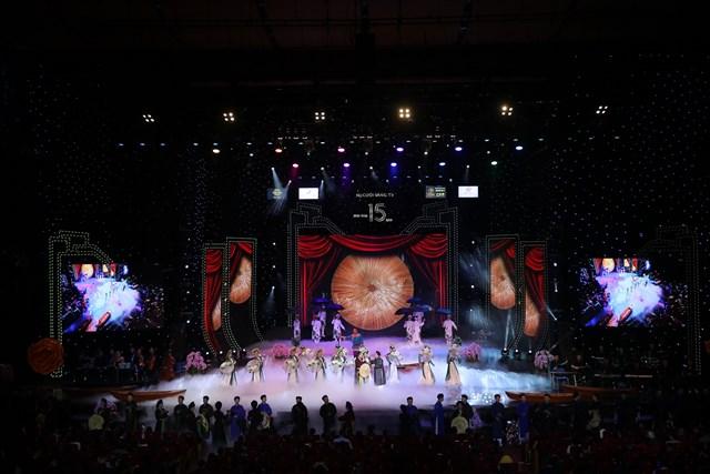 Vượng Râu kể chuyện 'đời nghệ sĩ' trên sân khấu