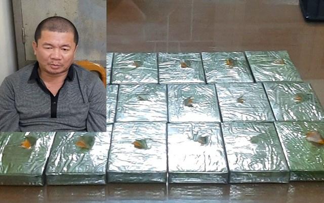 Bắt giữ đối tượng vận chuyển 17 bánh heroin trên tàu Bắc Nam