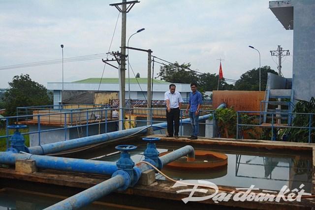 Người dân bất an nguồn nước từ Nhà máy nước sạch - 1