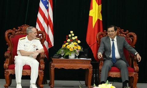 Đoàn Hải quân Hoa Kỳ chào xã giao lãnh đạo TP Đà Nẵng - 1