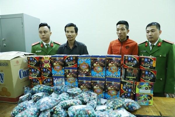 Hà Tĩnh: Cận Tết, bắt 4 đối tượng trong đường dây buôn bán pháo nổ