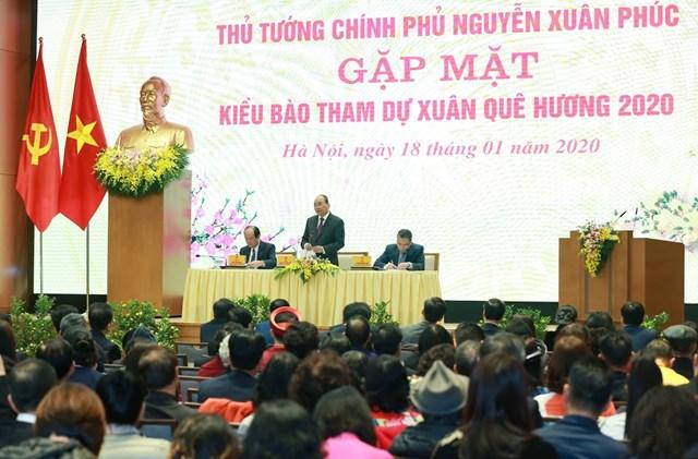[ẢNH] Thủ tướng gặp mặt kiều bào tham dự chương trình Xuân quê hương 2020 - 6