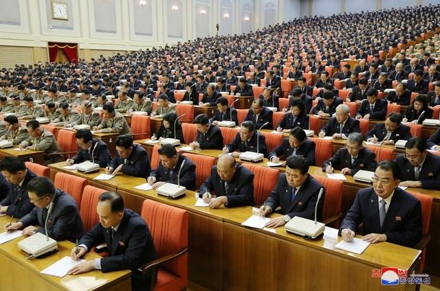 Ông Kim Jong-un triệu họp về an ninh quốc phòng giữa lúc căng thẳng với Mỹ - 7