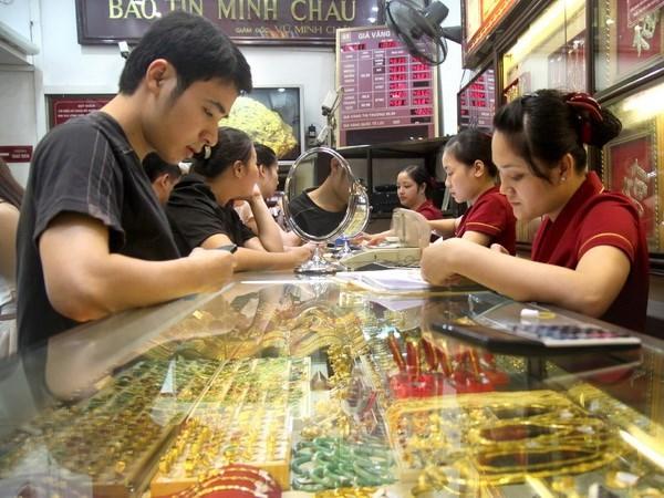 Giá vàng trong nước tăng giảm trái chiều trong phiên đầu tuần