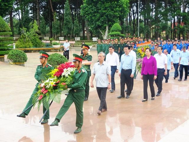 Thường trực Ban Bí thư Trần Quốc Vượng làm việc tại tỉnh Đắk Lắk - 1