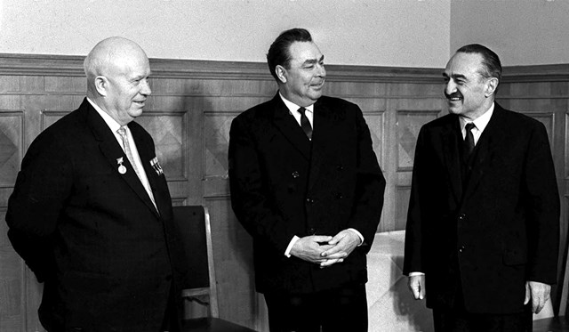 Nhà lãnh đạo Nikita Khrushchyov đã bị lật đổ như thế nào - 1