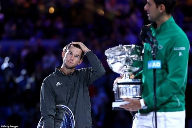 Hạ Thiem, Djokovic lập kỷ lục vô địch mới tại Australian Open - 1