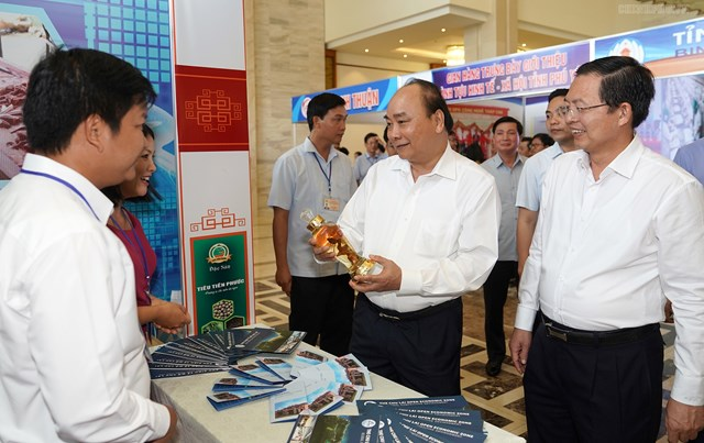 Thủ tướng chủ trì Hội nghị phát triển kinh tế miền Trung - 1