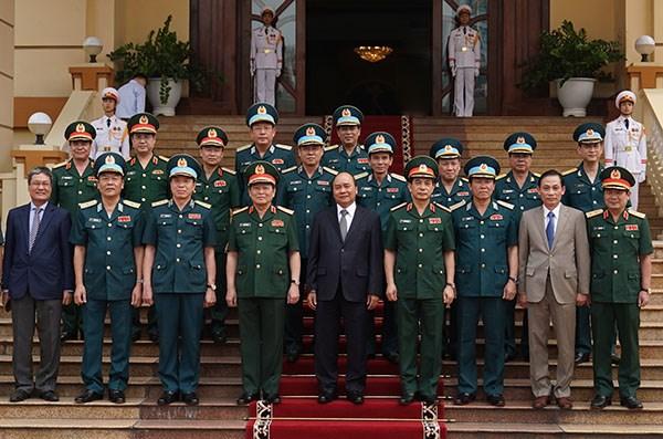Thủ tướng thăm lực lượng nòng cốt bảo vệ không phận, mặt đất, biển đảo của Tổ quốc - 2