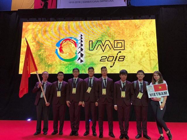Cả 6 học sinh Việt Nam đều đoạt huy chương tại Olympic Toán học quốc tế