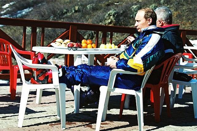 Chùm ảnh chưa từng được công bố của Tổng thống Nga Putin - 5
