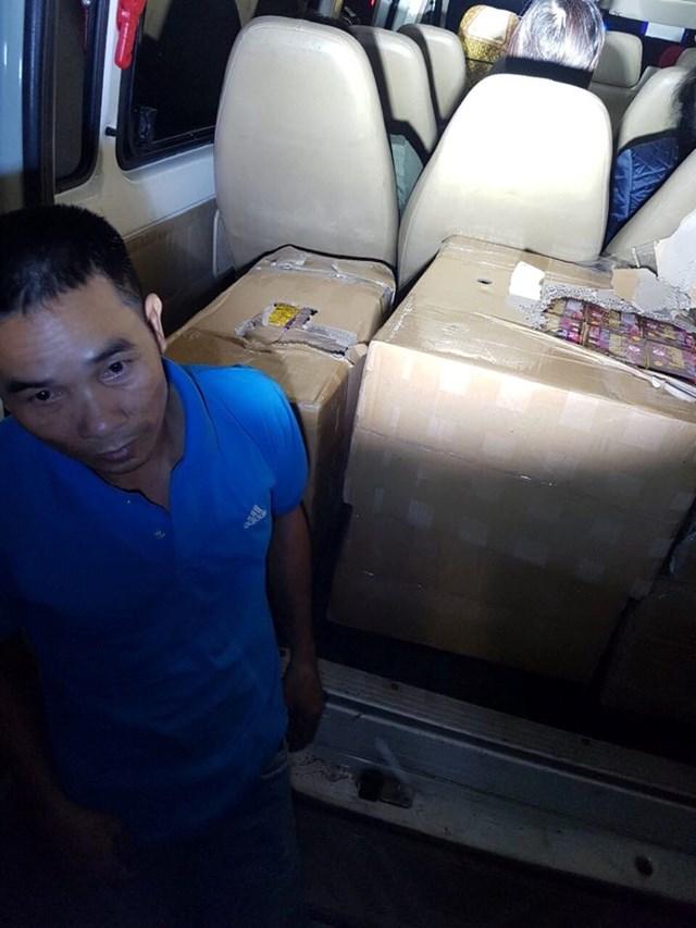 Cảnh sát giao thông phát hiện, bắt giữ hơn 260 kg pháo lậu