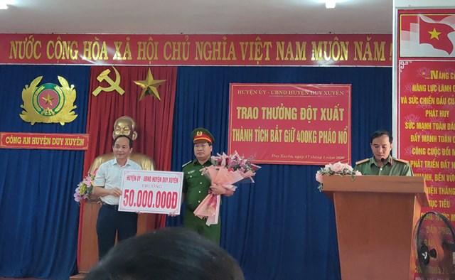 Quảng Nam: Thưởng nóng Công an huyện Duy Xuyên