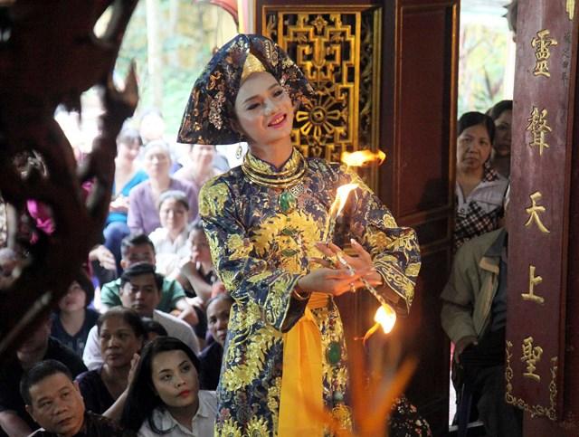 Hiểu đúng về tục thờ Mẫu của người Việt